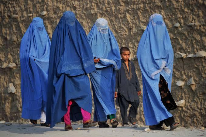 महिलांच्या अधिकारांबाबत तालिबानचा मुखवटा?