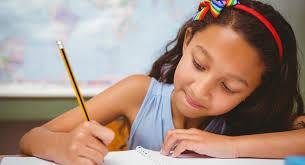 लिहिणं-वाचणंच विसरलेली मुलं